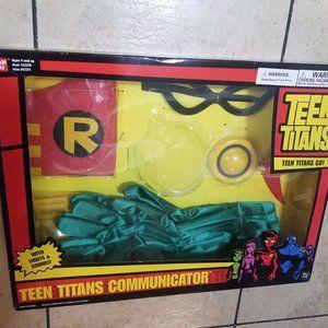 Teen Titans Communicator  Box set Robin Outfit